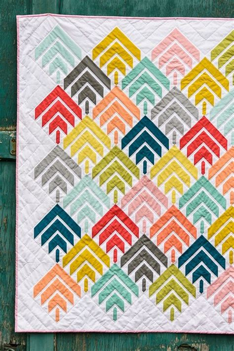 quilt ideas bijou lovely modern solids challenge woodcut quilt