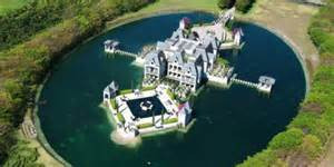 Houses With Courtyards In The Middle Miami Castle With A Moat On The Market For 10 9 Million