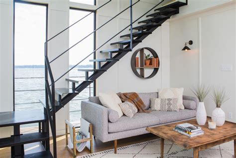 fixer upper houseboat episode 22 living rooms every true joanna gaines fan will recognize