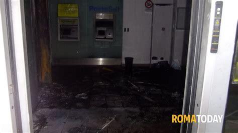 ufficio postale roma esquilino monte cervialto in fiamme l ufficio postale
