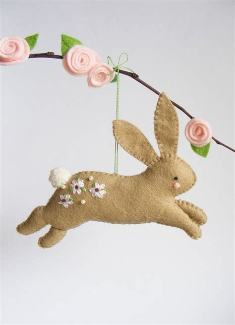 pin easter bunny patterns my on pinterest pdf pattern hopping bunny felt easter ornament easy