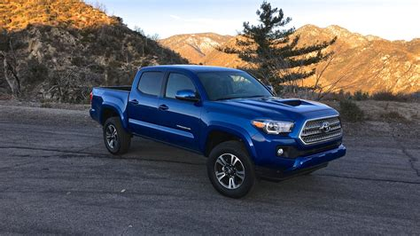 Toyota Tacoma 2016 Pictures 2016 Toyota Tacoma Review Caradvice