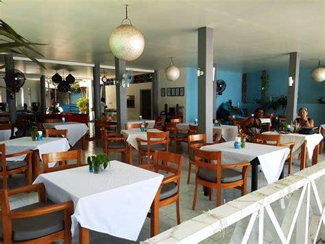 coco loco senggigi cafe coco loco bar restaurant senggigi
