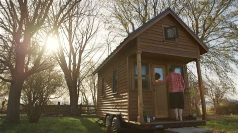 building tiny house important things before building tiny minimalism a documentary about the important things