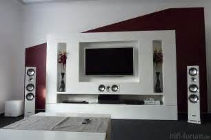 farbgestaltung wohnzimmer wände funvit lila schwarz wohnzimmer