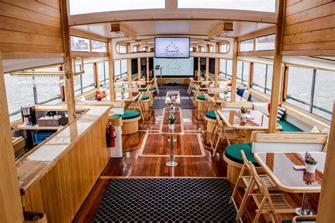 boat tour nyc architecture manhattan ii charter yacht luxury yacht charter prestige