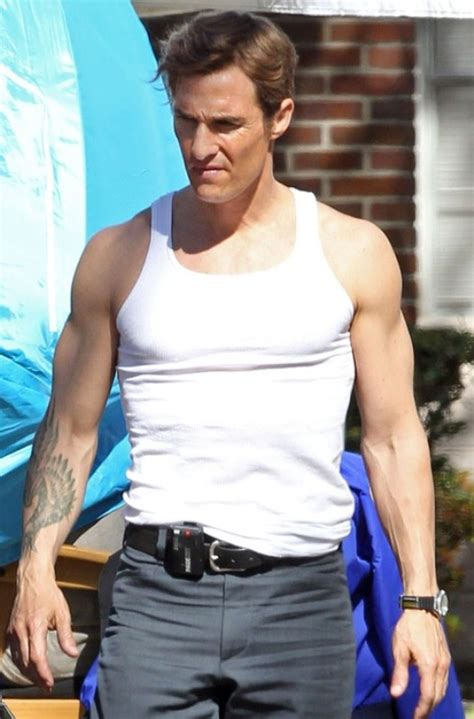 matthew mcconaughey hair style matthew mcconaughey looks really good with a side part on