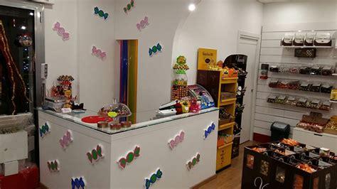 arredi negozi alimentari arredamento negozio caramelle matera arredo negozio
