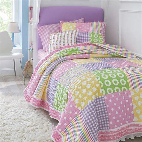 cute girl bedding super cute quilt for girls bed kids pinterest