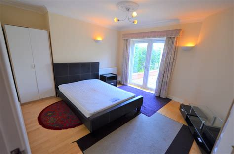 rooms to rent sutton coldfield whitehouse common road sutton coldfield b75 room to rent 45562431 primelocation
