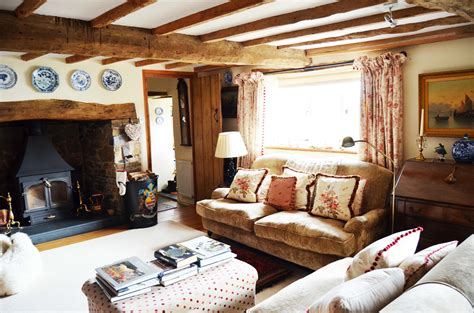 cottage sitting room sue scammell interiors in need of a snuggly weekend sue