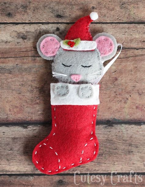 baby sock diy christmas ornaments felt mouse baby socks