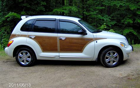 how to learn about cars 2005 chrysler pt cruiser electronic toll collection 2005 chrysler pt cruiser information and photos momentcar
