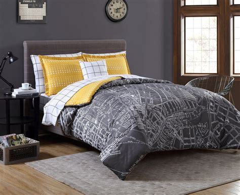 Yellow And Grey Bedroom Decorating Ideas by Grey Yellow Bedroom Decorating Ideas For A Yellow Bedroom