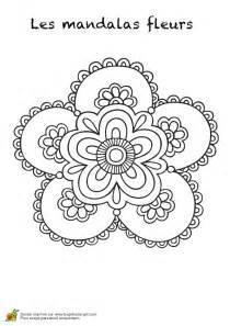 Coloriage Mandala Fleurs Les Beaux Dessins De Meilleurs