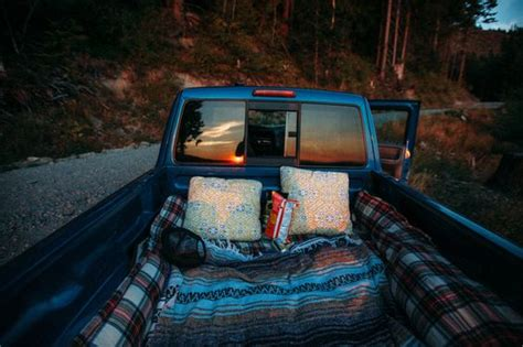 truck bed date 8 reasons a date in the back of a truck bed is the best