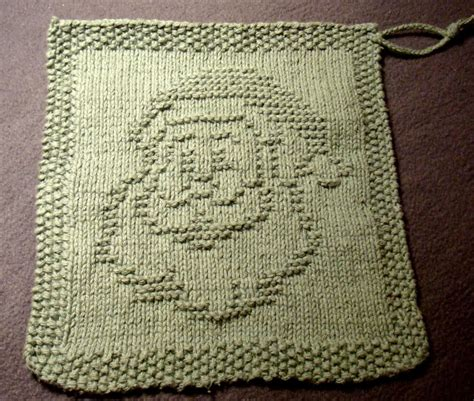 free pattern knitted dishcloth over 50 free knitted christmas knitting patterns