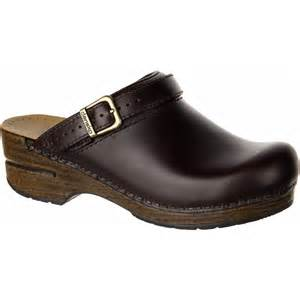 Comfortable Slip Resistant Work Shoes Dansko Ingrid Clog Women S Backcountry Com