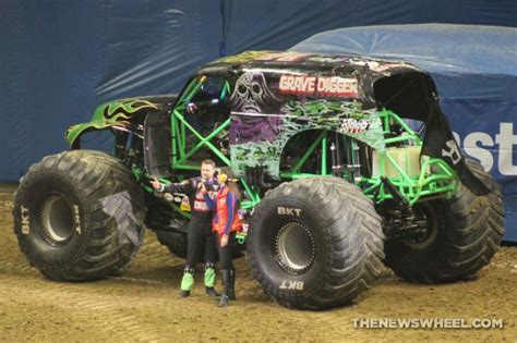 monster trucks show the history of the grave digger monster truck the news wheel