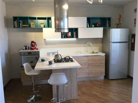 cucine saldi offerta promozione saldi cucina moderna con penisola