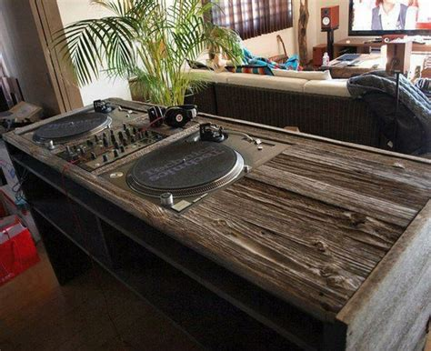 Wooden Dj Table by 1000 Images About Dj Booth Project On Dj