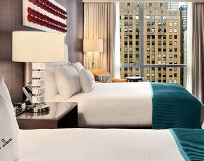 most comfortable hotel mattress most comfortable hotel beds in chicago 171 cbs chicago