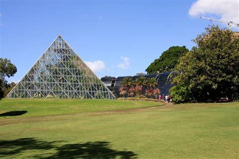 Green House Plans by Jardin Botanique De Sydney Pyramide
