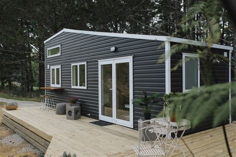 modern exterior house vinyl siding material design