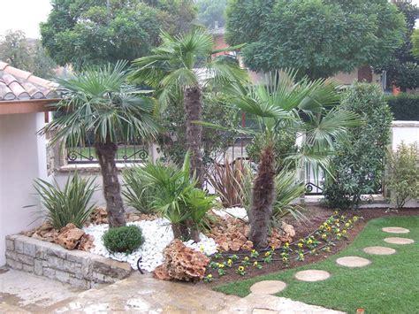 allestimento giardini privati giardiniere progettazione e manutenzione giardini a