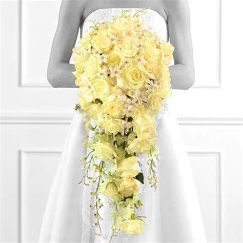 Cheap Wedding Bouquets by Cheap Wedding Flowers