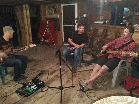 couch band freudz couch band interview about their new ep ego