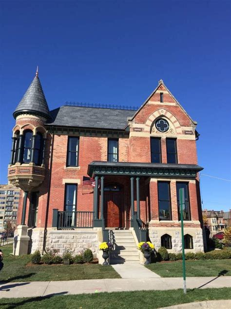Hall of fame thread nicole curtis to restore the ransom gillis house