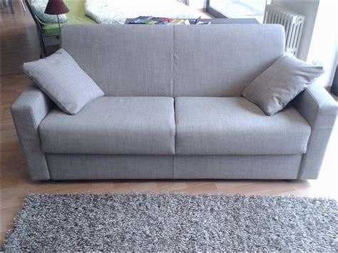poltrone e sofa outlet rimini divani da negozio quei divani chiamati foppolo o ciserano