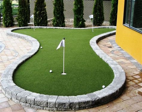 how to build a backyard putting green