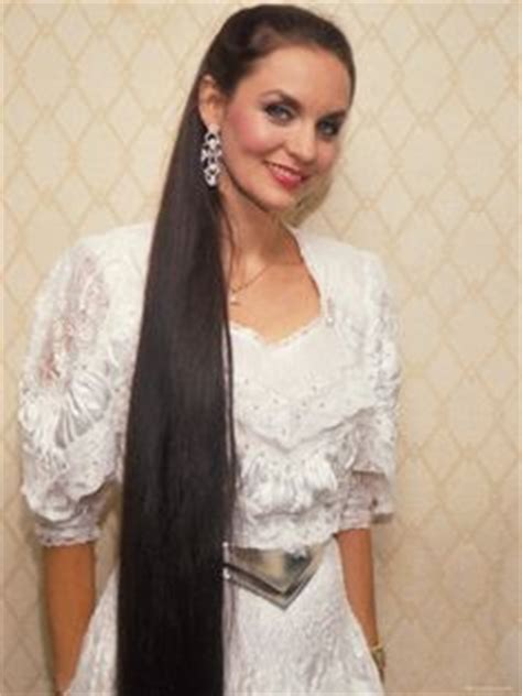 country singer with hair to the floor 1000 images about crystal gayle on pinterest crystals