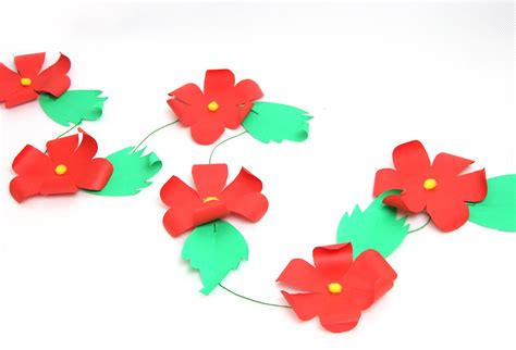 How To Make A Paper Garland - 3 ways to make a paper garland wikihow