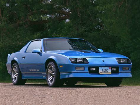 camaro 1985 z28 1985 chevrolet camaro z28 iroc z classic wallpaper