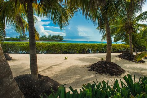 bahamas vacation packages with airfare liberty travel