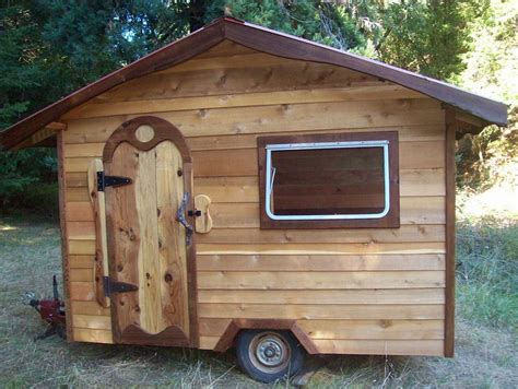 tiny house plans on wheels with walls of wood is strong