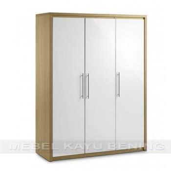 Lemari Kayu Satu Pintu lemari pakaian 3 pintu kayu jati model minimalis safari