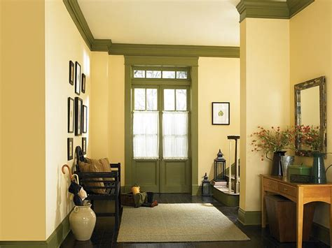 country hallway yellow   paint colors  living