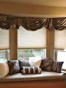 Swag Curtains For Living Room Ideas Shades For Bay Windows To Beautify Your Living Room Designs Interesting Shades For Bay Windows
