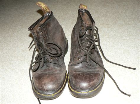 Sepatu Boots Dr Martens Original file dr martens 010 jpg wikimedia commons