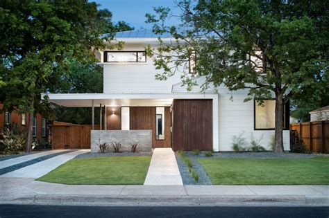 richardson architects avenue f a contemporary home with a detached guest house