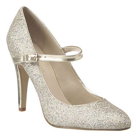 Sparkly Wedding Shoe   Wedding Style Guide