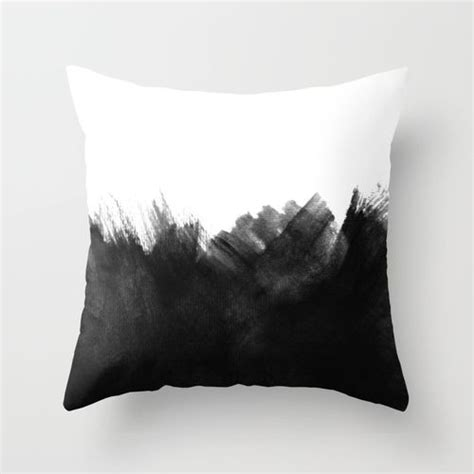 black throw pillows for couch best 25 black throw pillows ideas on pinterest black
