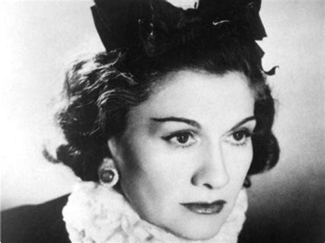 biography about coco chanel gabrielle coco chanel quotes quotesgram