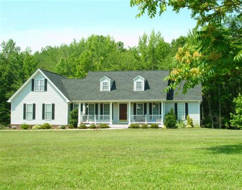 charlottesville country homes