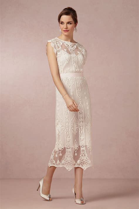 Friendly Dresses Wedding - we this budget and style friendly bridal option from
