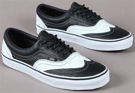 sneakers that look like dress shoes vans leather era wingtip skate shoes look like oxfords